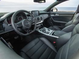 Kia Stinger Cockpit